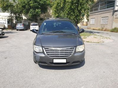 usata Chrysler Voyager 2.8 CRD cat LX Automatico