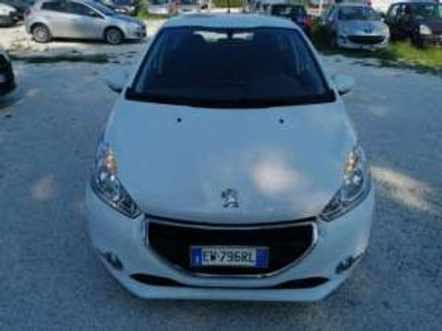 usata Peugeot 208 VTi 95 CV 5p. GPL Active usato