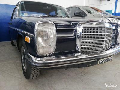 używany Mercedes W114 200epoca 1968