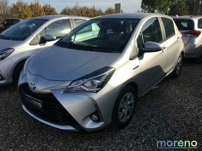 usata Toyota Yaris 1.5 Hybrid ECVT Business