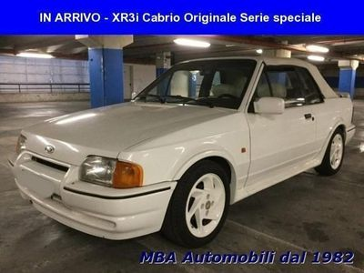 second-hand Ford Escort Cabriolet 1.6 XR3i White serie Speci