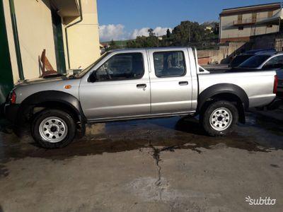 used Nissan Navara 2009