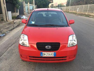 used Kia Picanto 1.0 b full optional e come nuova