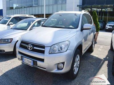used Toyota RAV4 2.2 D-4D 150 CV DPF Luxury