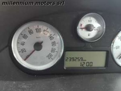 usata Lancia Ypsilon 1.3 MJT 75 CV Argento