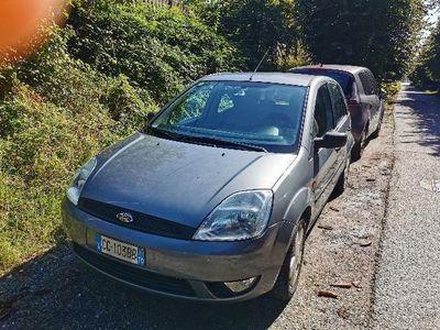 used Ford Fiesta 1.4 16V 5p. Ghia