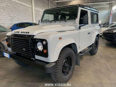 used Land Rover Defender 90 2.4 TD4 Station Wagon Limite