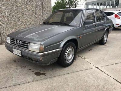 usata Alfa Romeo 90 2.0