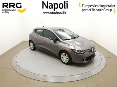 second-hand Renault Clio 1.5 dCi 8V 90CV 5 porte Costume National