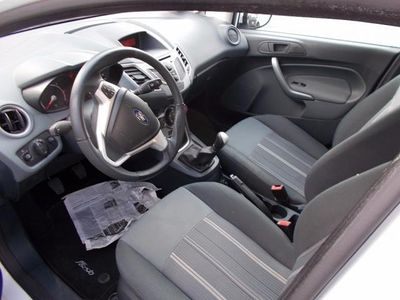 usata Ford Fiesta + 1.4 TDCi 68CV 5 porte
