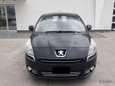 usata Peugeot 5008 anno 2011 1.6 115cv
