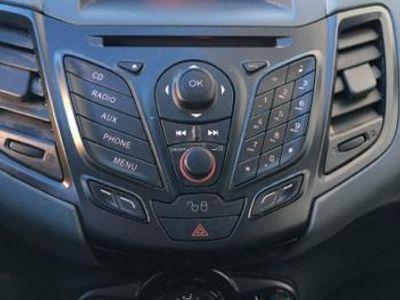 usata Ford Fiesta Van - 2011