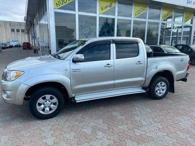 usata Toyota HiLux 3.0 D-4D 4WD 4p. Double Cab SR