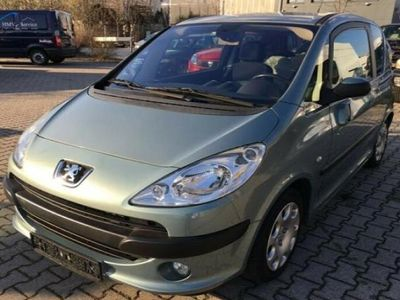 second-hand Peugeot 1007 HDi Trendy
