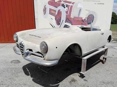 usado Alfa Romeo Giulia Spider anno 1962