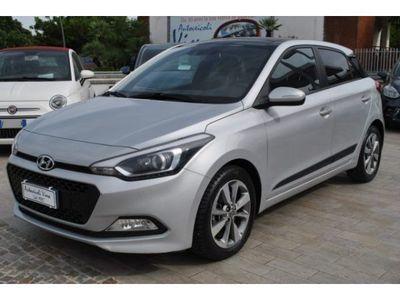 """used Hyundai i20 1.1 CRDi 12V 5 porte Go! Plus """"Tetto Apribile"""" rif. 11616928"""