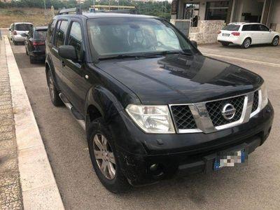 brugt Nissan Pathfinder 2.5 dCi 4x4 7 POSTI