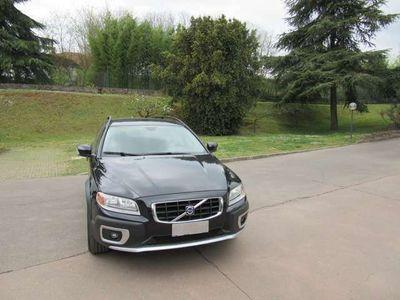 usata Volvo XC70 2.4 D5 20V (185CV) cat AWD Momentum