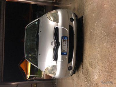 usata Toyota Yaris - 2001
