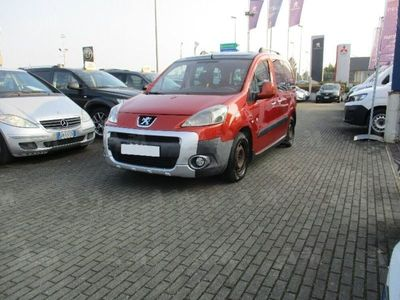 usata Peugeot Partner 1.6 HDi 110CV Outdoor del 2009 usata a Refrontolo