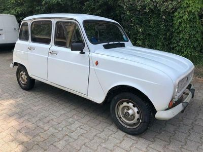 used Renault R4 950