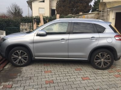 second-hand Peugeot 4008 1.8 hdi 4x4- 2012