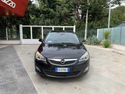 usado Opel Astra Astra 1.7 CDTI 130CV Sports Tourer Cosmo Fleet1.7 CDTI 130CV Sports Tourer Cosmo Fleet