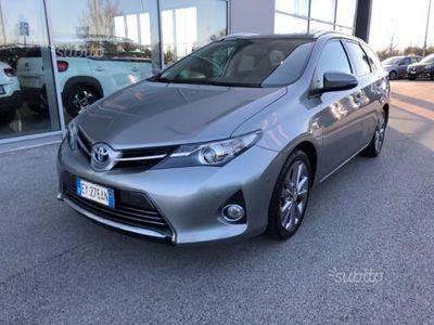 używany Toyota Auris Hybrid Touring Sports