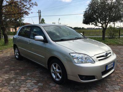 usata Toyota Corolla 1.4d automatica neopatentati