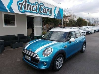 usata Mini Cooper D 1.5Business 5 porte rif. 10821144