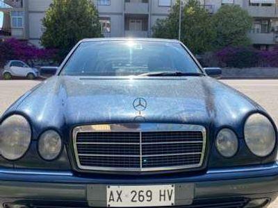 usata Mercedes E220 diesel cat Elegance
