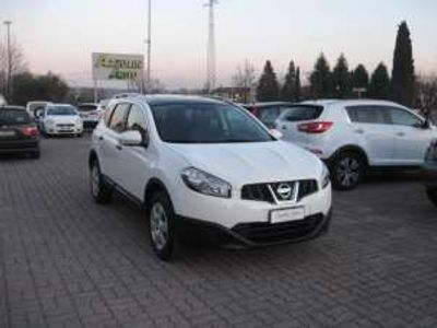 usata Nissan Qashqai +2 1.6 BENZINA EURO 5 UNICO PROPRIETARIO KM 64.000