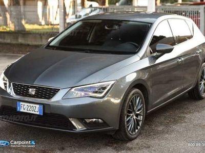 brugt Seat Leon ST 1.6 TDI 110 CV DSG Start/Stop Connect del 2017 usata a Roma