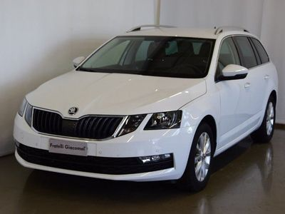 usata Skoda Octavia Octavia 1.6 TDI CR 115 CV DSG Wagon Executive1.6 TDI CR 115 CV DSG Wagon Executive