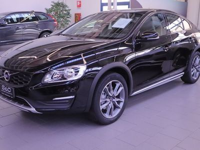 käytetty Volvo S60 CC S60 II S60 c.country 2.0 D3 Momentum geartronic