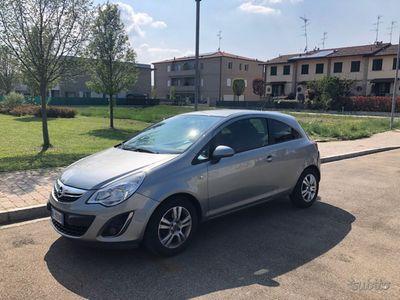 gebraucht Opel Corsa del 2012 1.2 85CV GPL Tech 3 porte