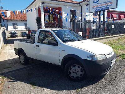 usado Fiat Strada 1.9 JTD Pick-up