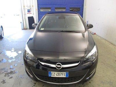 usata Opel Astra 1.6 CDTI Cosmo 136cv E6 S/S 5 PORT...