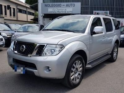 używany Nissan Pathfinder 2.5 dCi LE 7 POSTI FULL OPTIONAL