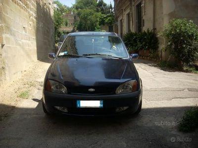 usata Ford Fiesta 1.2i 16V cat 5 porte Ambiente