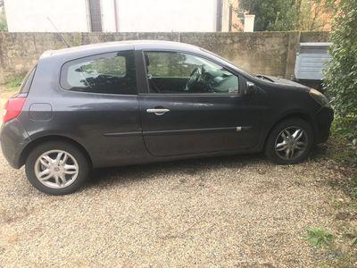 usado Renault Clio 1.5 dCi 70CV 3 porte