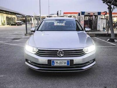 usata VW Passat 2015 Variant Diesel var. 2.0 tdi Highline 150cv dsg 7m