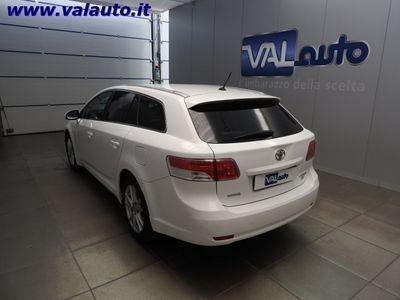 usata Toyota Avensis 2.0 DI-D SOL SW AUTOCARRO N.-4POSTI!No garanzia