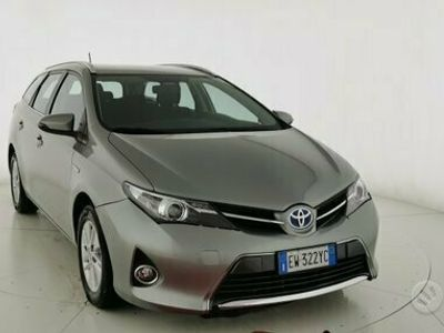 usata Toyota Auris 2ª serie hybrid - 2014