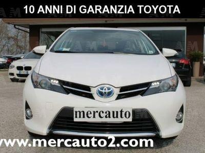 brugt Toyota Auris Hybrid 5 porte usato