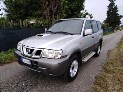 brugt Nissan Terrano 3.0 DiT 5 porte