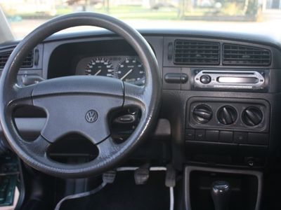 usata VW Golf 1.6 cat 5 porte