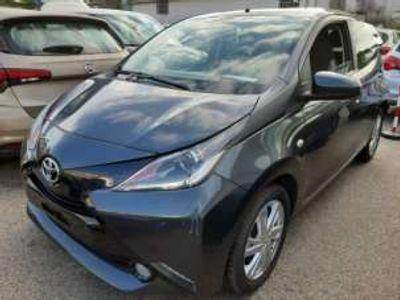 usata Toyota Aygo X-PLAY 1.0 VVT-i 69CV 5p
