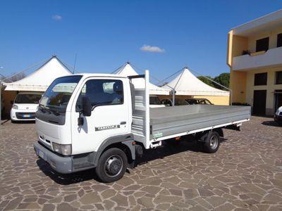 usata Nissan Cabstar 3.0 120CV CASSONE FISSO