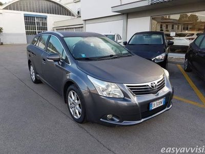 usata Toyota Avensis 2.2 d-4d wagon sol diesel station antracite